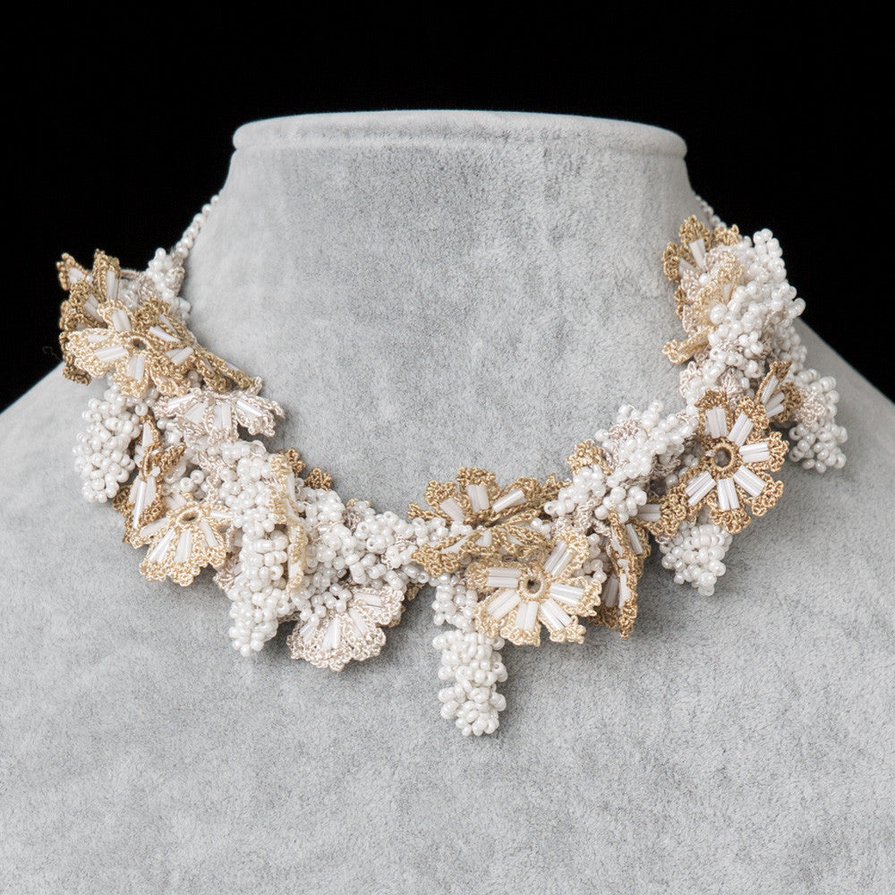 Bouquet Choker - White & Beige