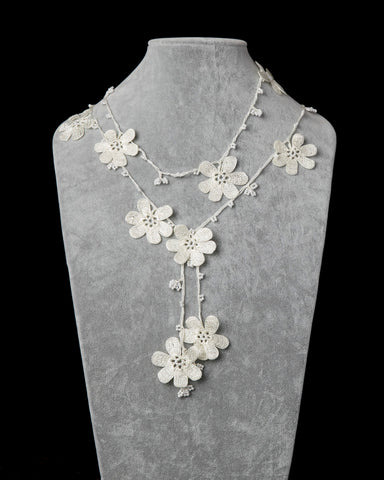 Lariat with Pomegranate Flowers - White