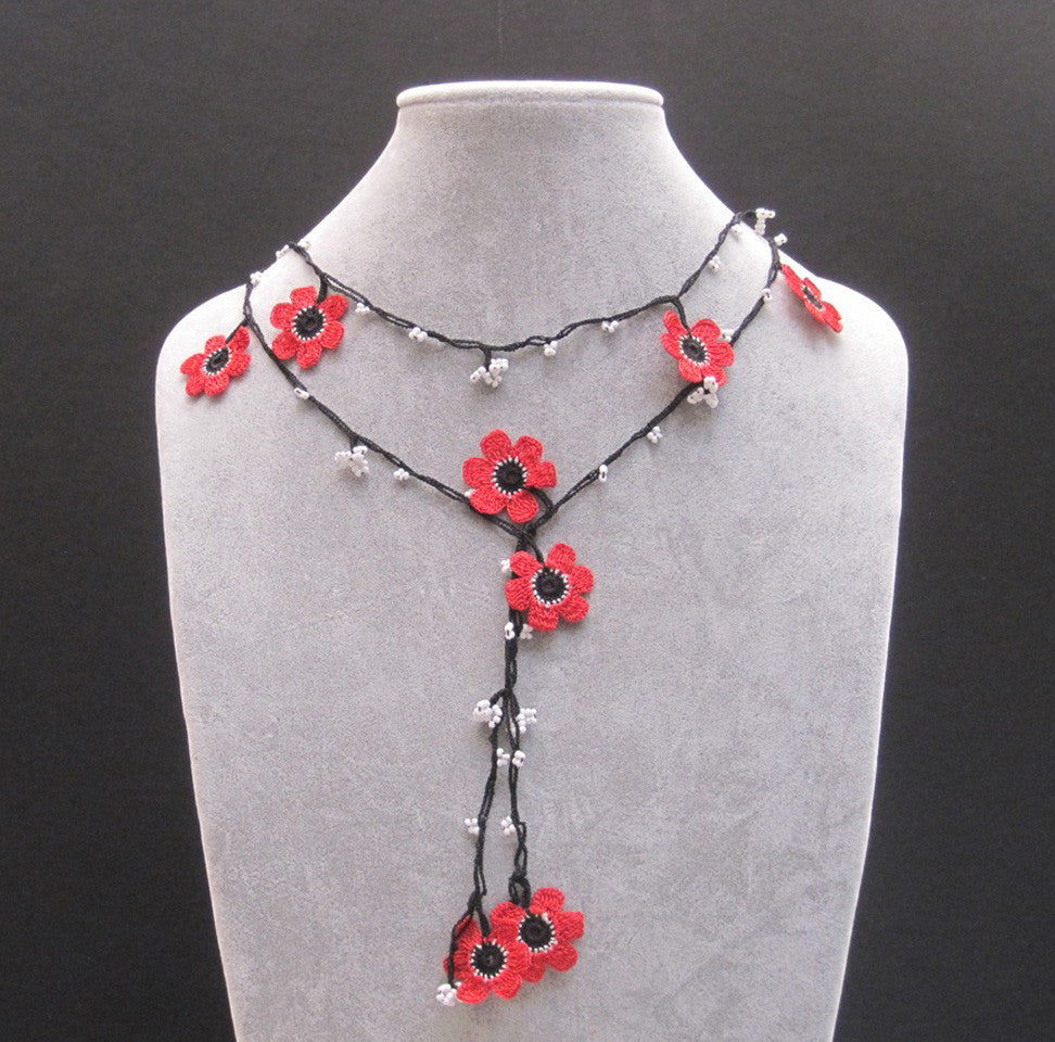 Lariat with Pomegranate Flowers - Red and Black