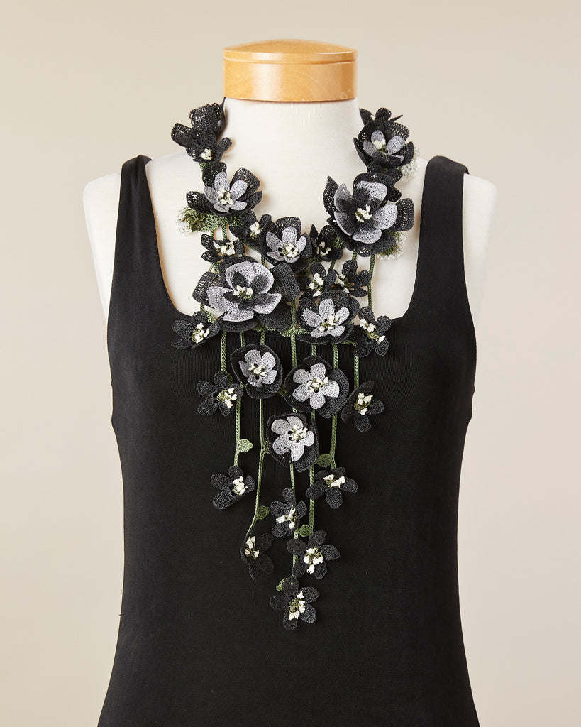 Poppy Necklace - Black/Charcoal