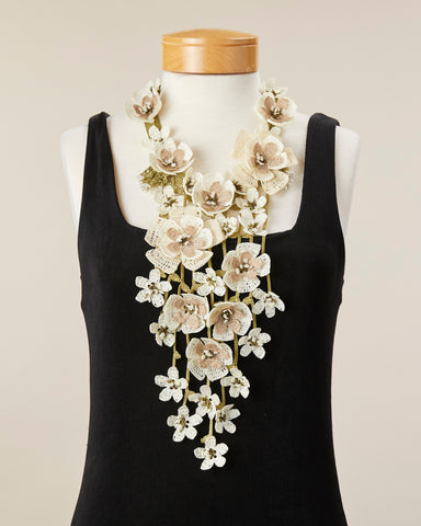 Poppy Necklace - White
