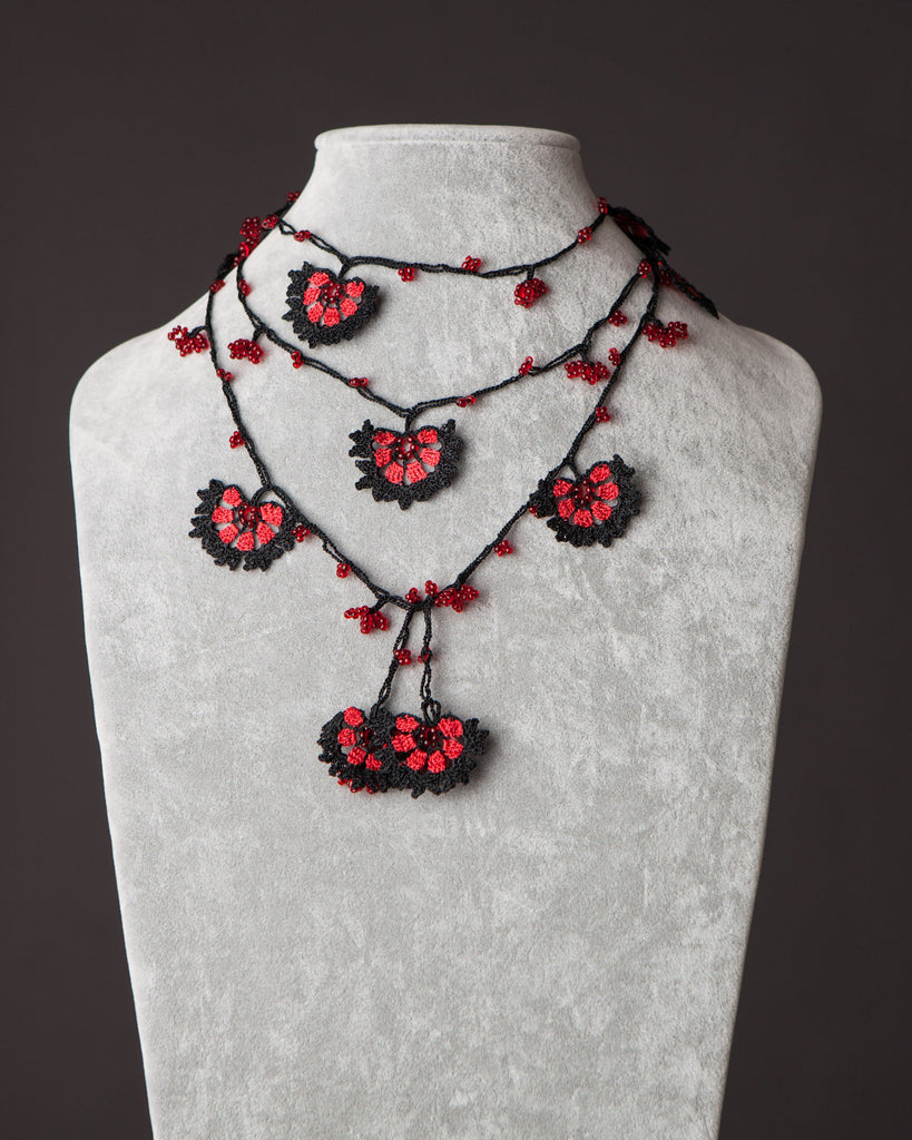 Lariat with Cornflower Motif - Red and Black
