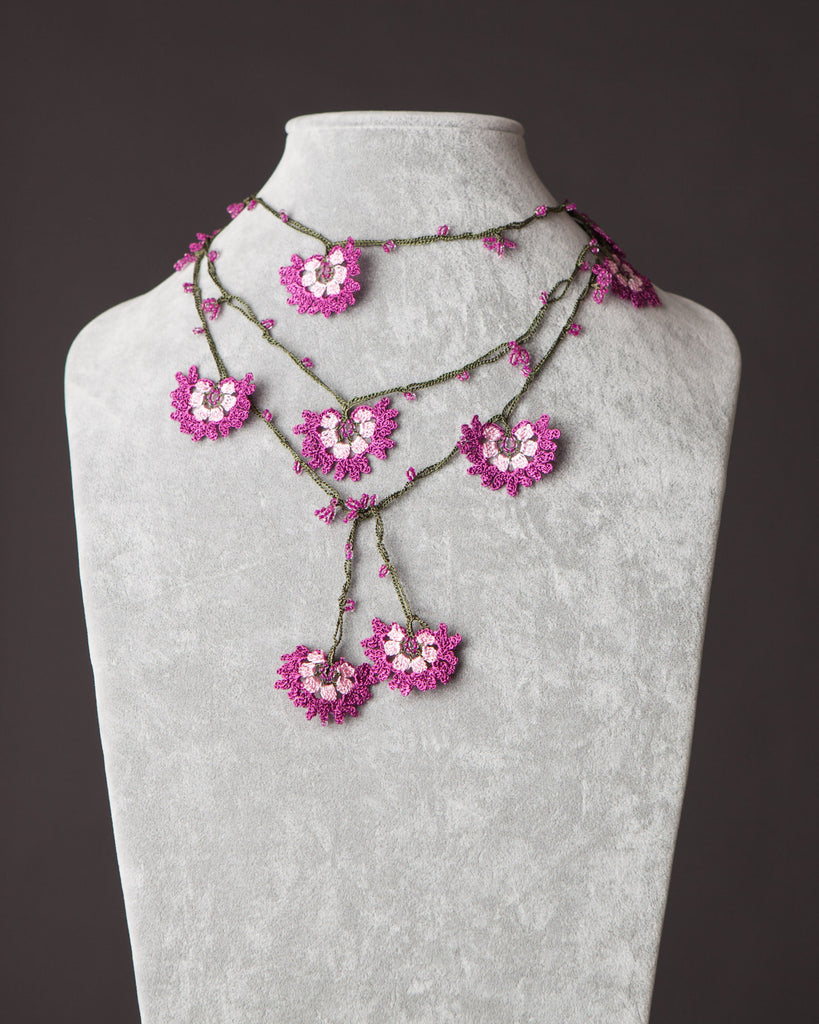 Lariat with Cornflower Motif - Pink and Magenta