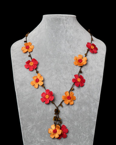 Crocheted Necklace with Daisy Motif - Orange & Red