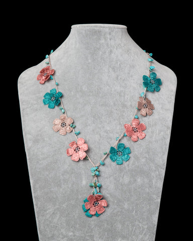 Crocheted Necklace with Daisy Motif - Pink & Turquoise
