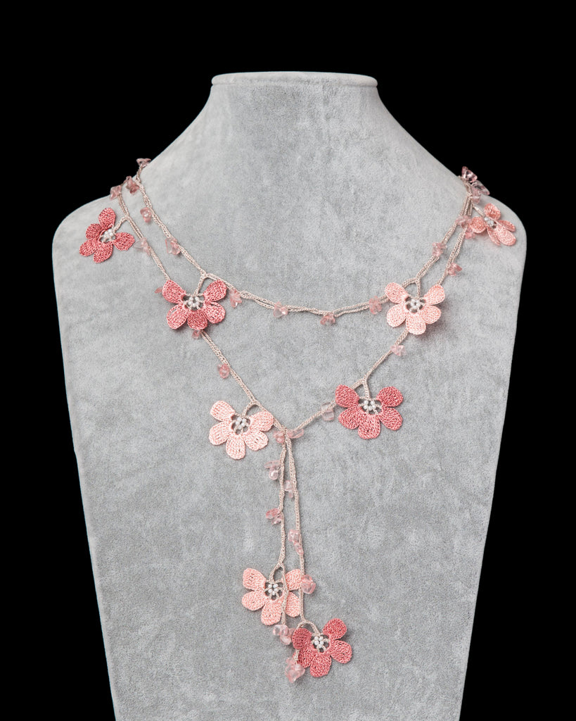 Lariat with Clover Motif -  Pink