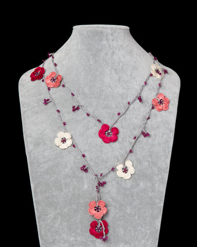 Lariat with Double Clover Motif - Sour Cherry, Cream & Pink