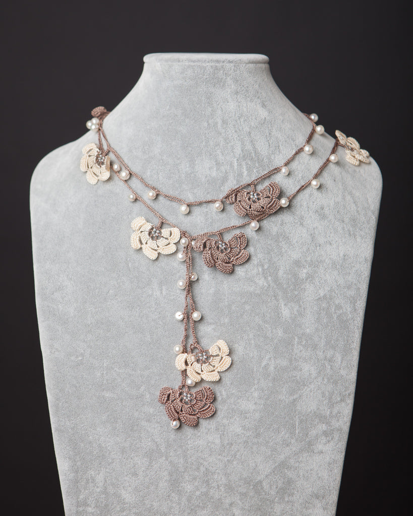 Pearl Lariat with Fan Motif - Beige and Brown