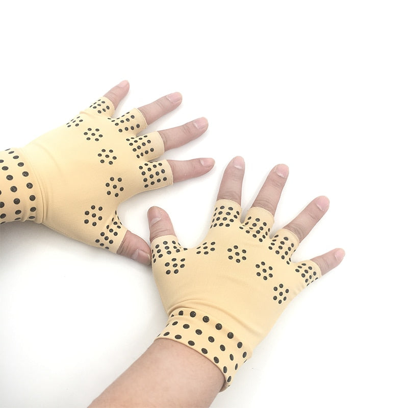 Magnetic Gloves helps to heal Arthritis Pain