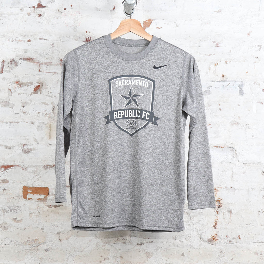 Youth Nike Legend Poly LS Tee in Carbon Heather
