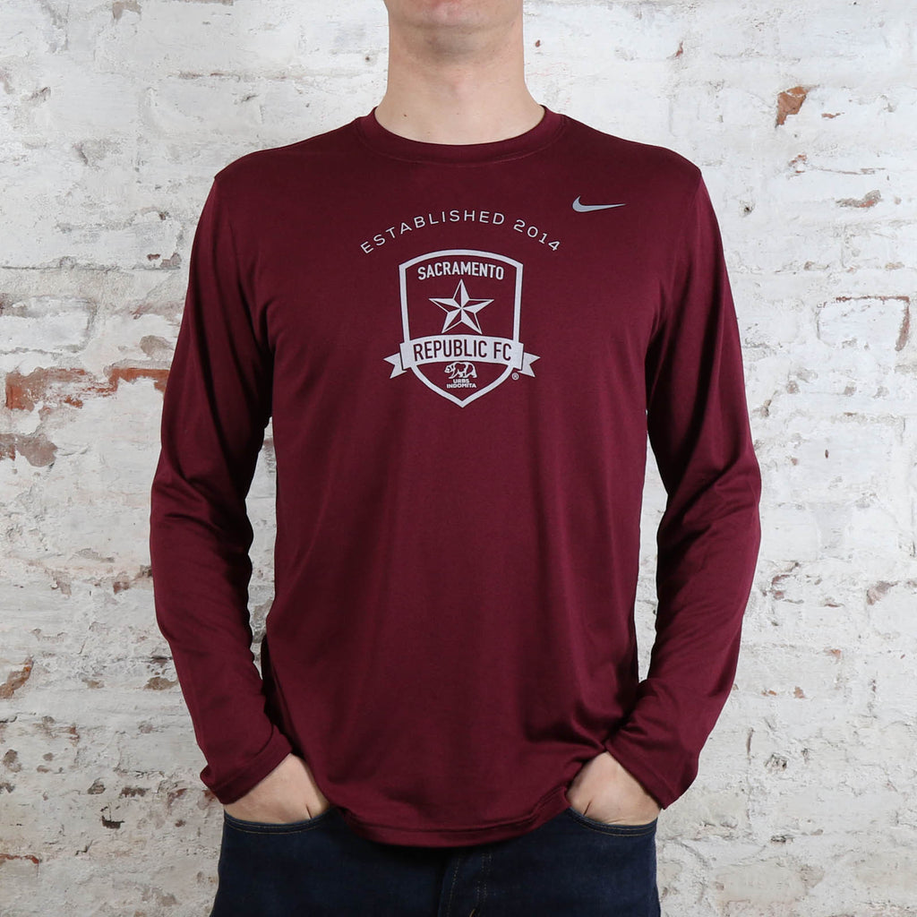 Men's Nike Legend Poly LS Tee in Deep Maroon