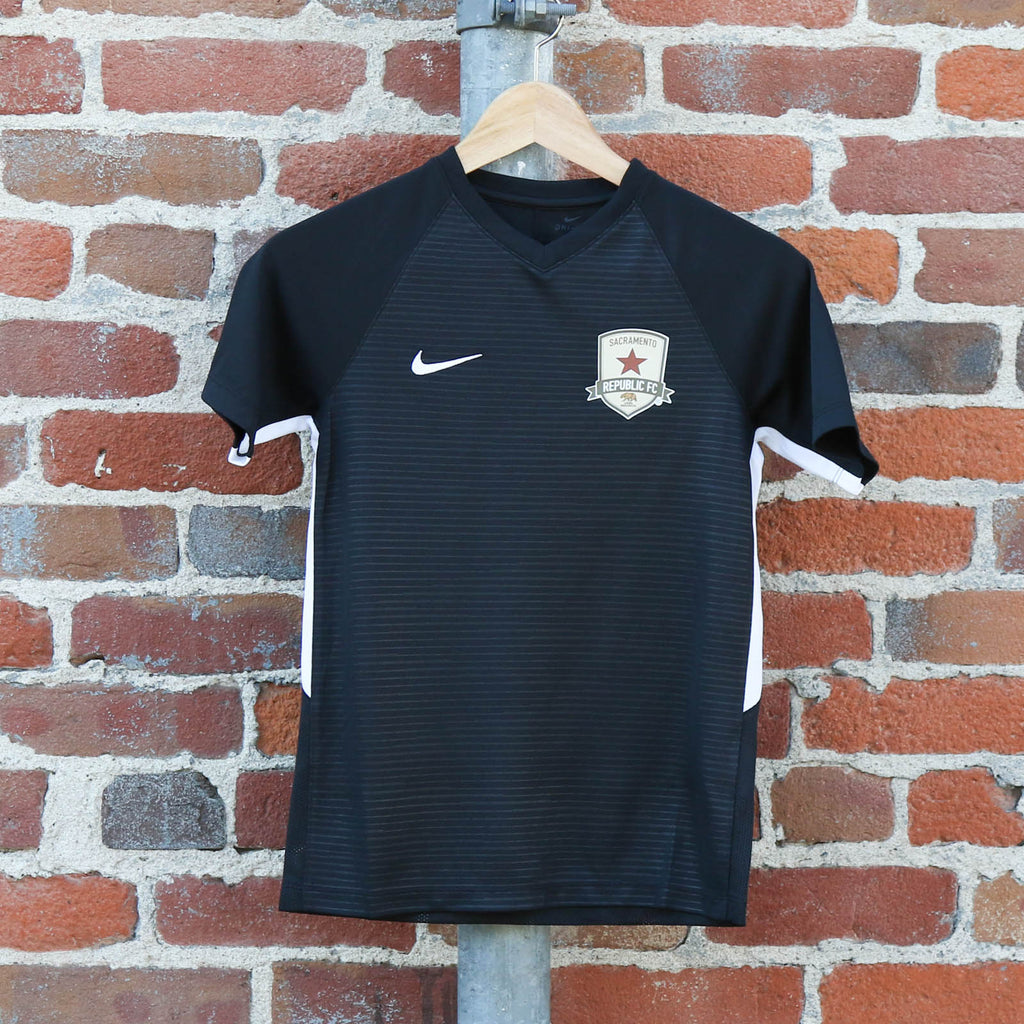 Youth 2018 Training Jersey in Black