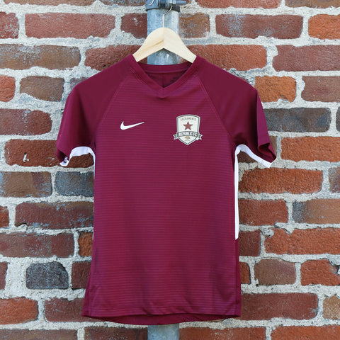 Youth 2018 Training Jersey in Team Maroon