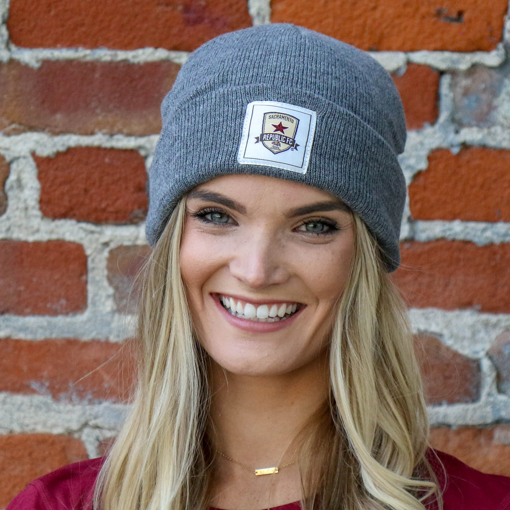 The Cuff Beanie in Grey by SDS