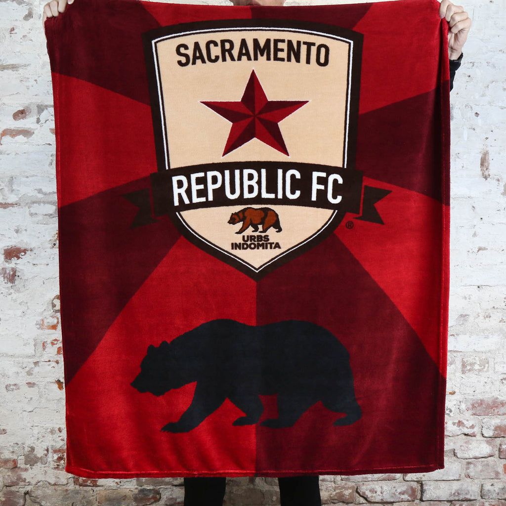 Republic FC Bear Fleece Throw