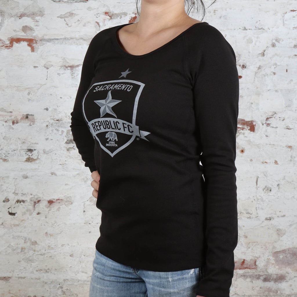 Women's Classic Black Champions Thermal