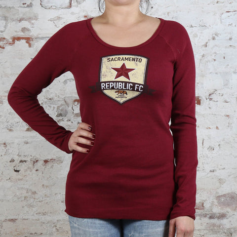 Women's Distressed Crest Thermal