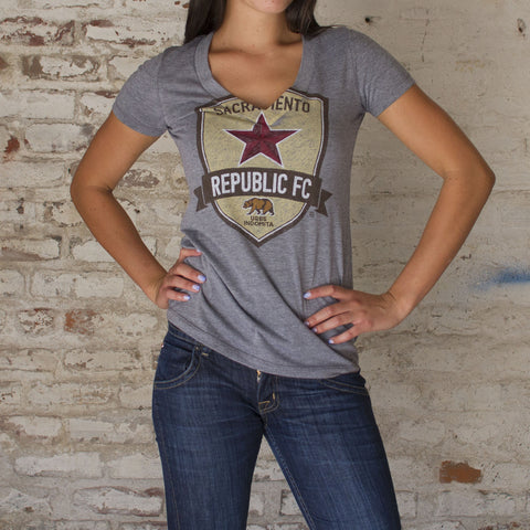 Women's Pencil Crest Tee - Gray Heather