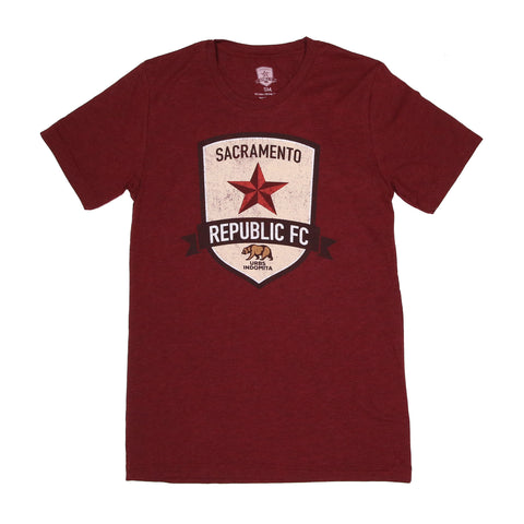 Men's Distressed Crest Tee in Heather Cardinal