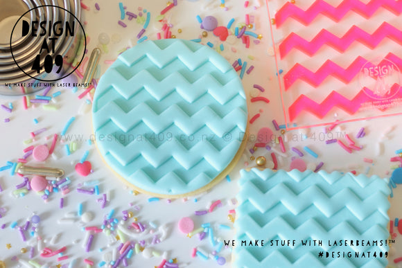 Large Zig Zag Pattern Acrylic Fondant Embosser Cookie Stamp / Design at 409