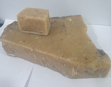 Indigenous beeswax Pure natural direct from beehive