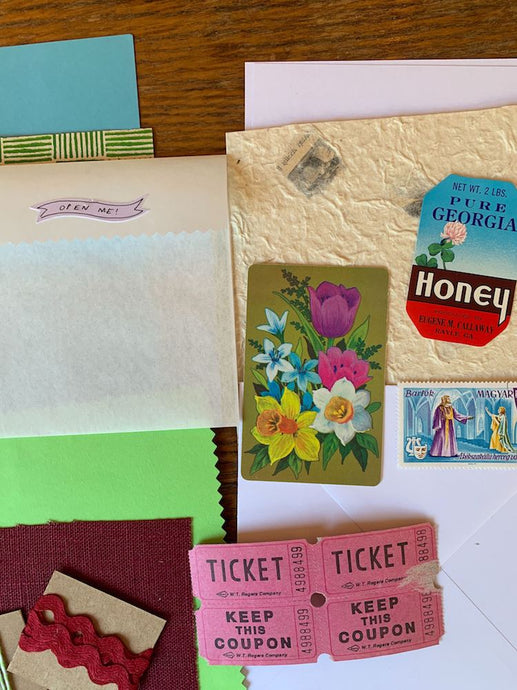 Collage Parcel Pack 21