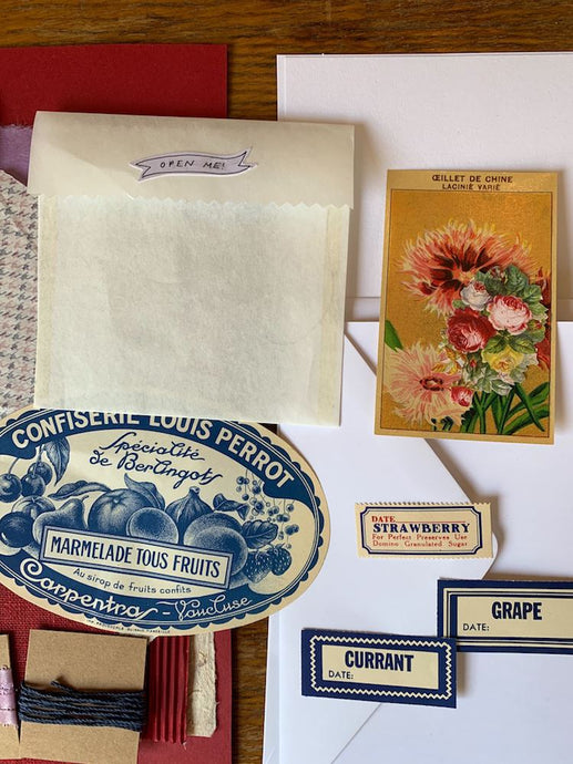 Collage Parcel Pack 7
