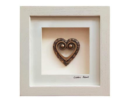 Cream Framed Celtic Heart