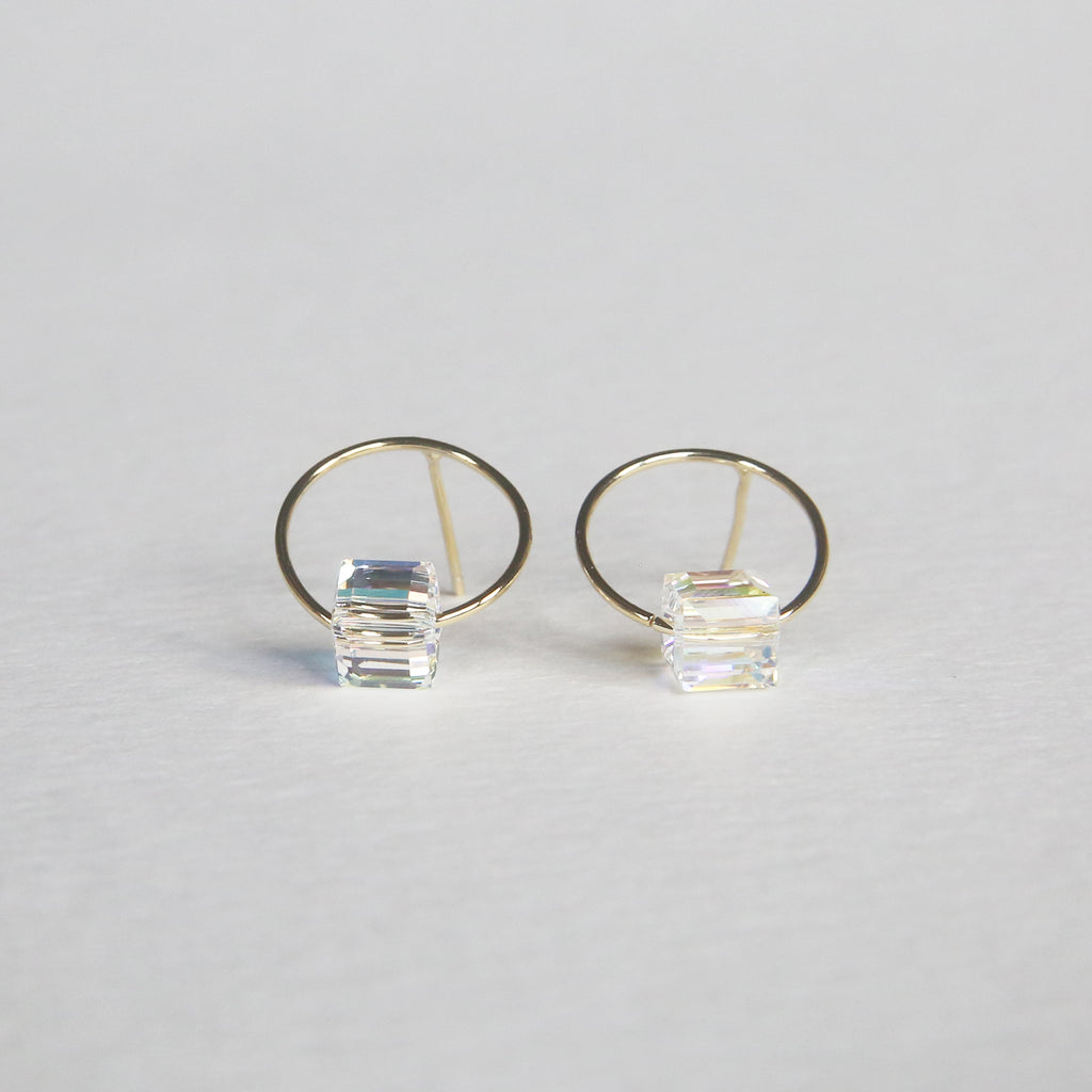 Circle w/ Cube Crystal Earrings | Gold