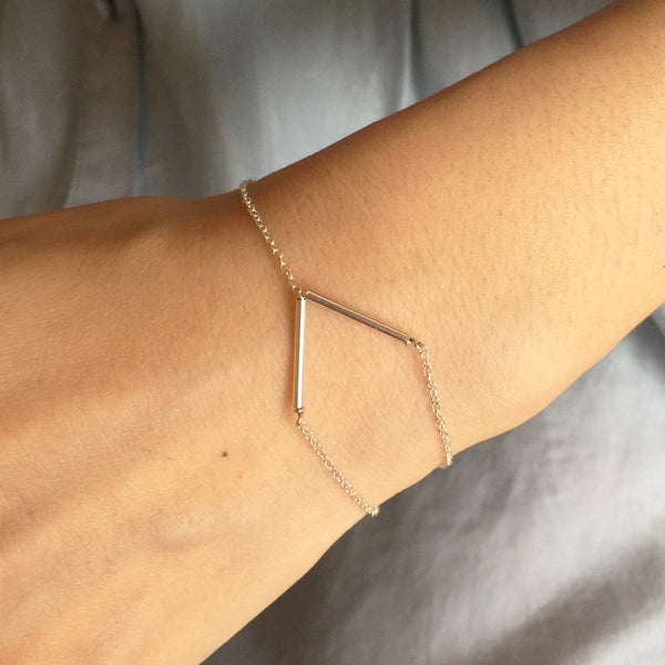 Wrist wearing V Shape Bar 14K Gold Filled Chain Bracelet
