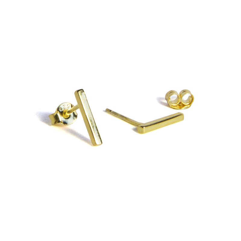 Medium Bar Earrings Alternate - Yellow gold