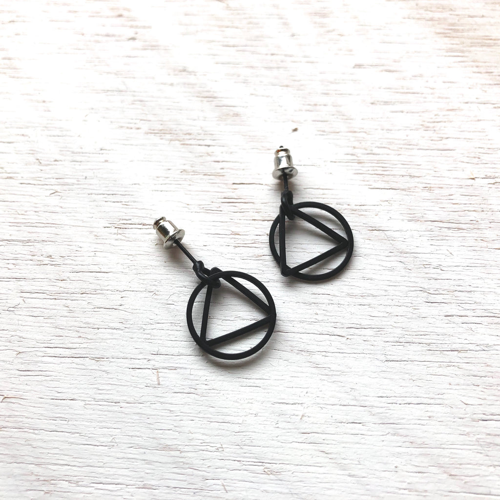 Geometric Earring (Matte black)
