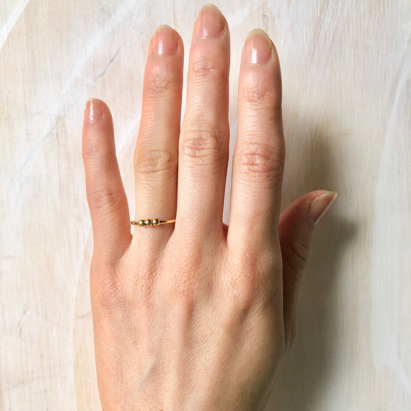 Three balls Band Ring