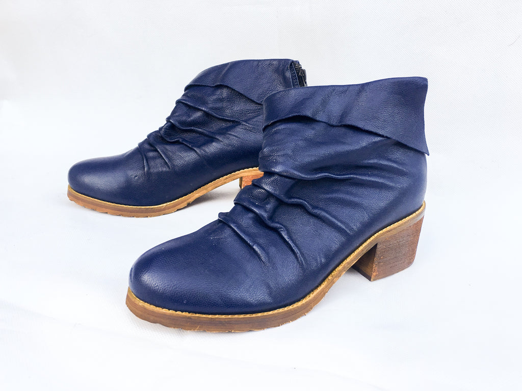 HUGO ANKLE BOOTS [SALE]