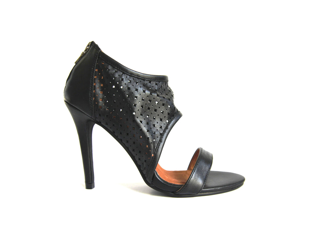 DUMA PERFORATED HEELS