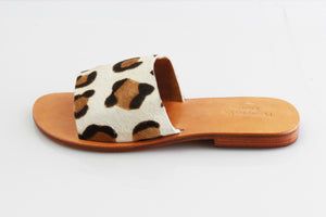 Honeysuckle Beach Slide Cow Hide - Leopard