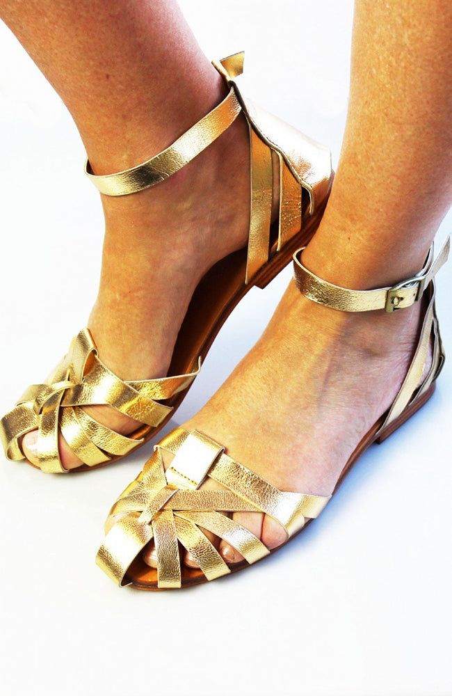 Honeysuckle Beach Spartan Leather Sandal - Gold