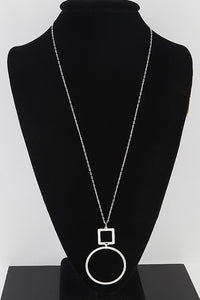 Open Cut Chain Drop Round Pendant Necklace