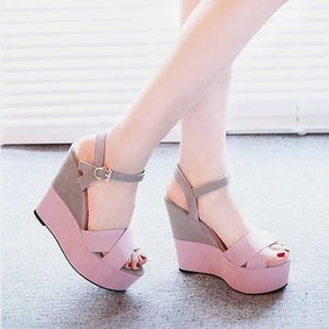 Carrie Wedges