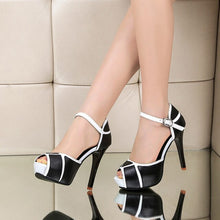 Load image into Gallery viewer, Camila Heels