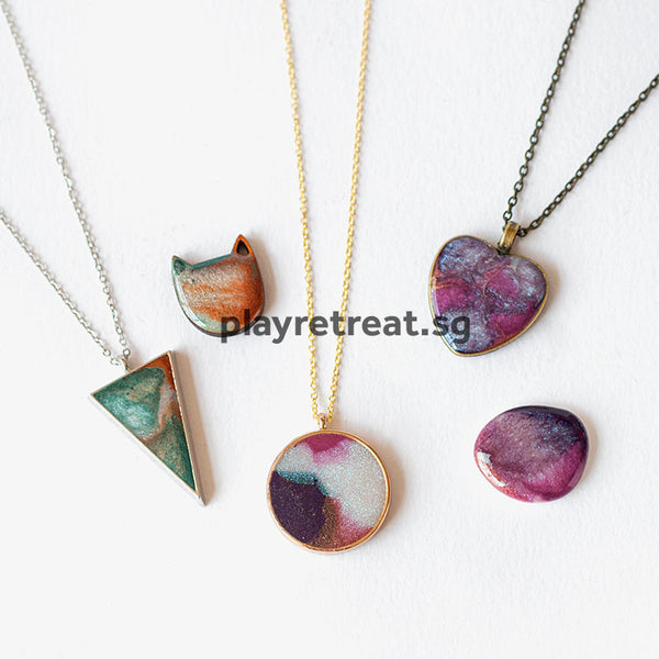 Jewellery Making with Recycled Make Up & Resin