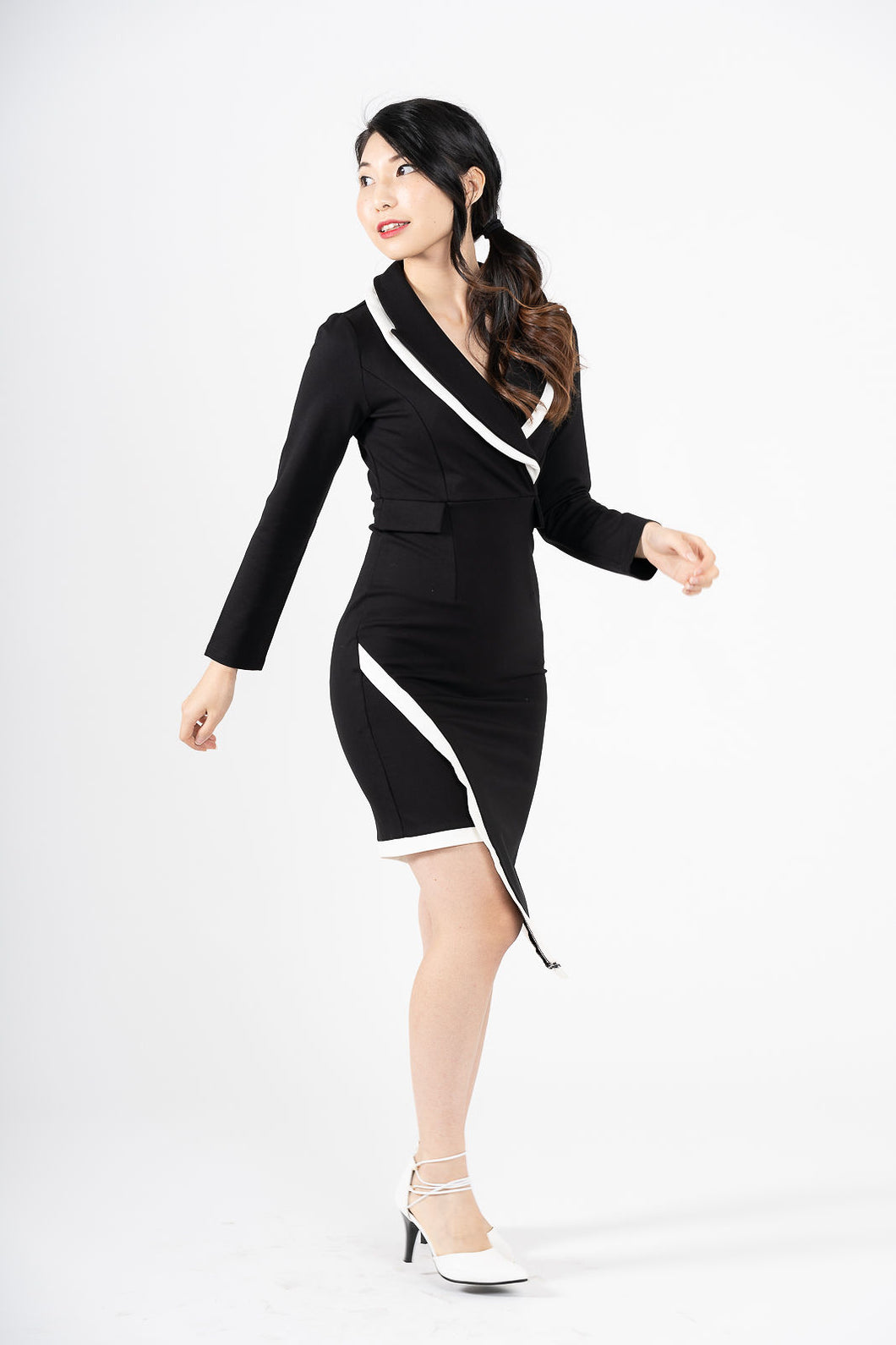 Confindente Asymmetric Black & White Bodycon Blazer Dress
