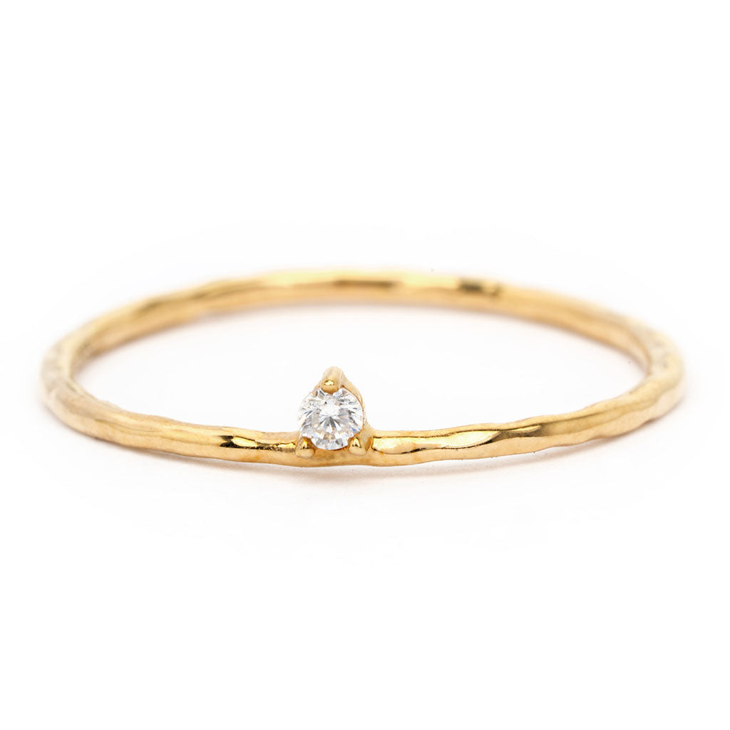 Ili ring made of recycled gold and lab-grown diamonds crafted by sceona on a white background