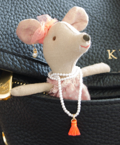 Ela the mouse with Moon and Lola accesories
