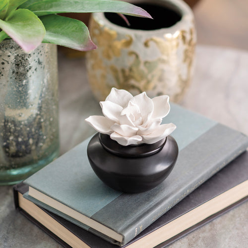 Gardenia Porcelain Diffuser - OUT OF STOCK
