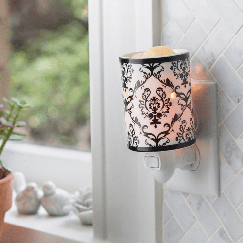 Damask Porcelain Pluggable Warmer