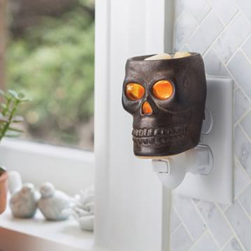 Skull Pluggable Warmer - OUT OF STOCK