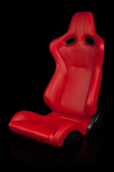 Braum Venom Series Sport Seats - Red Leatherette (PAIR)