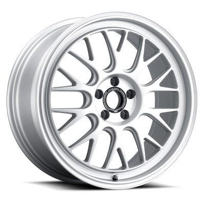 "Fifteen52 Holeshot RSR Wheel 19"" - Radiant Silver"