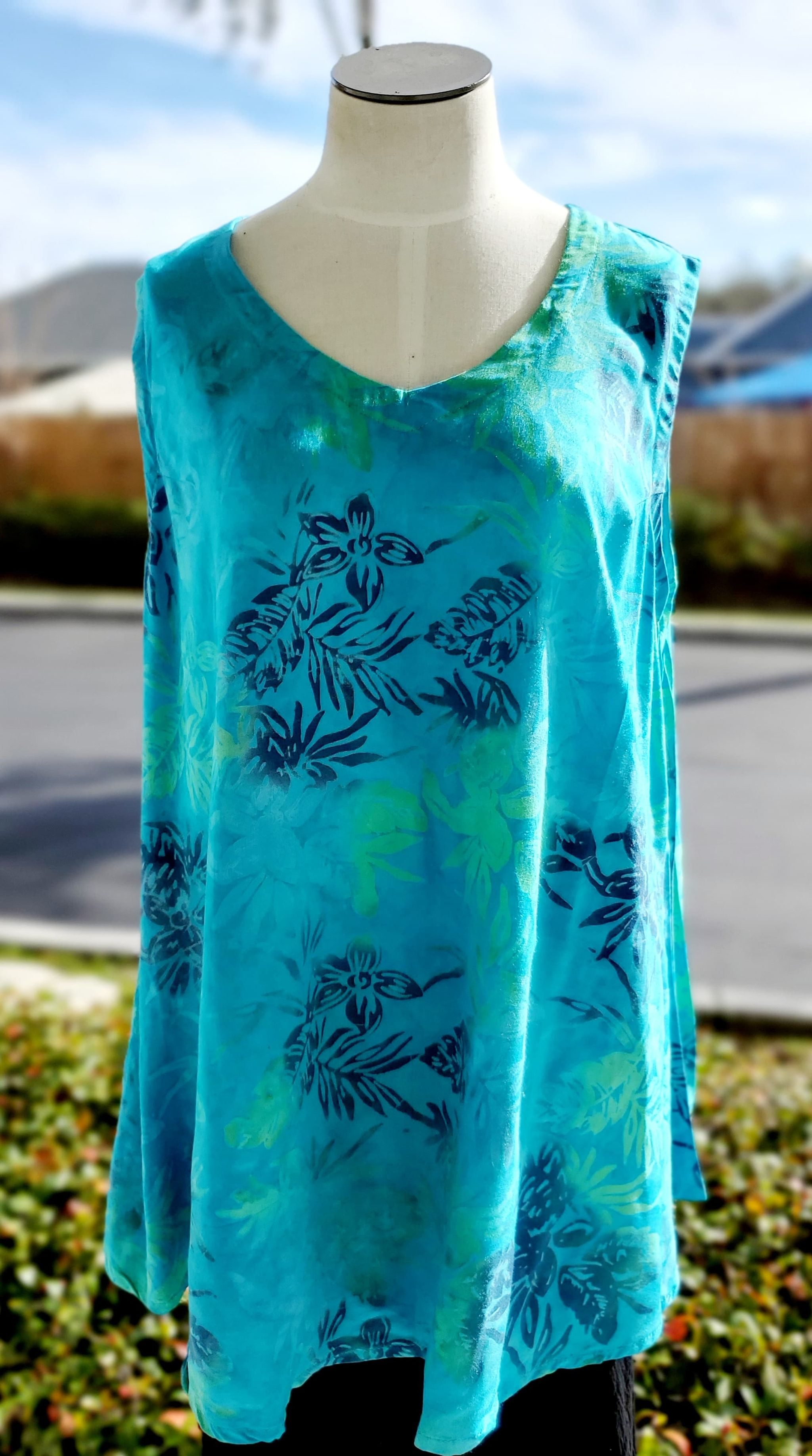 Batiked Scoop Tank Top